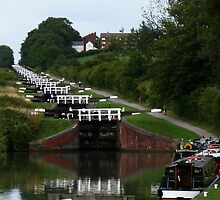 Caen Hill Locks, Devizes, Wiltshire, England by LumixFZ28