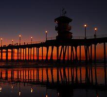 Reflecting Pier by derekenz
