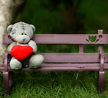 Waiting for love... by vnysia