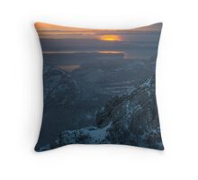 Storm on the way Throw Pillow
