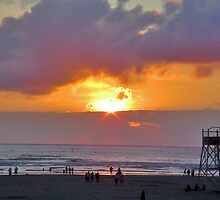 Seaside, Oregon Sunset by Fred Seghetti