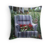 Flower project on St Catherine Throw Pillow