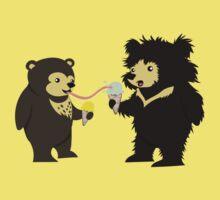 Sun Bear & Sloth Bear Eating Ice Cream Cones Kids Tee