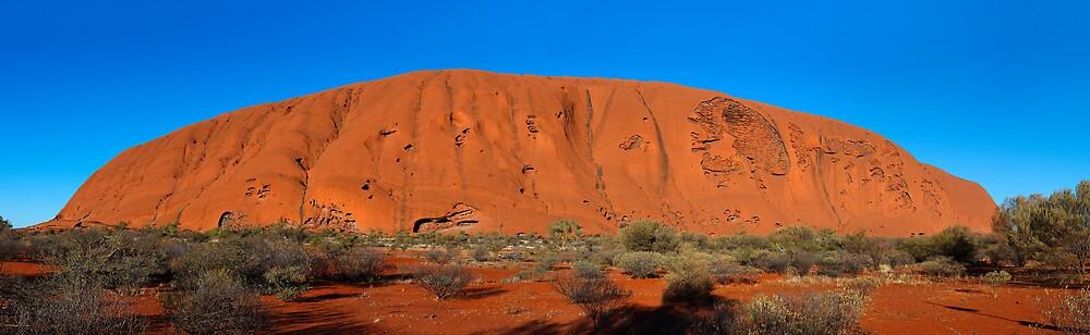 Uluru (Ayres Rock) by Craig Mort