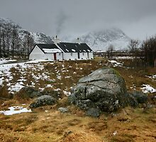 Scotland : Blackrock Cottage in winter by Angie Latham