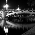 King William Street Bridge by Darryl Leach