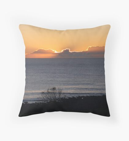 Angourie Sunrise #11 June '09 Throw Pillow