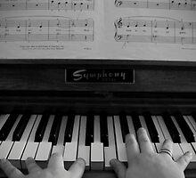 piano hands by rachaelrocks