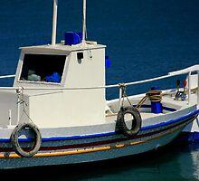 Fishing Boat by photoloi