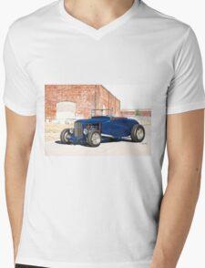 1930 Ford Model A Roadster Mens V-Neck T-Shirt