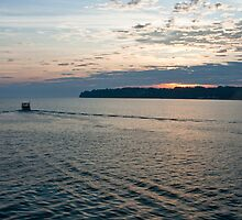sunrise on lake ontario by Andrew Bloom