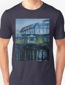 Brighton West pier - Lone survivor Unisex T-Shirt