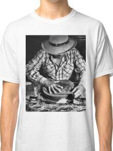 Cuban Cigar Maker Classic T-Shirt