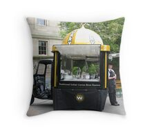 CURRY CAR TAKEAWAY Throw Pillow