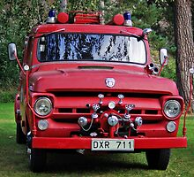 Fire engine by Paola Svensson