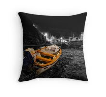 Night Image - Selective Colouring Throw Pillow
