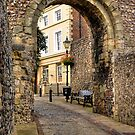 Castle Gate - Lewes by George Parapadakis (monocotylidono)