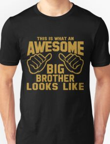 This is What an Awesome Big Brother Looks Like Retro T-Shirt