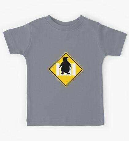 LINUX TUX PENGUIN CROSSING ROAD SIGN Kids Tee