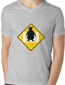 LINUX TUX PENGUIN CROSSING ROAD SIGN Mens V-Neck T-Shirt