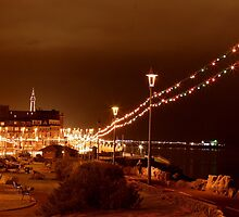 SEASIDE AT NIGHT by andysax