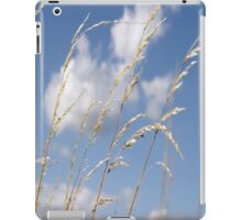 Tall grass and blue sky iPad Case/Skin