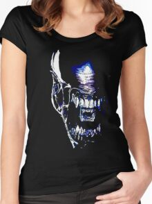 Xenomorph Women's Fitted Scoop T-Shirt