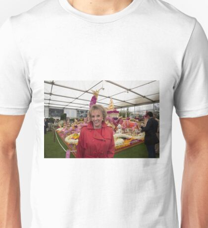 Esther Rantzen at the Chelsea flower show 2015 Unisex T-Shirt