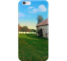 Traditional farmhouse scenery | landscape photography iPhone Case/Skin