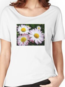 Three white and pink daisies Women's Relaxed Fit T-Shirt