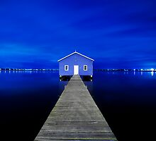 Crawley Edge Boatshed by Paul Pichugin