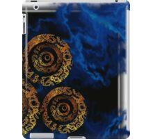 ©DA Gold Circles Of Fractal II iPad Case/Skin