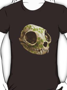 cat skull painted with wasabi flowers T-Shirt