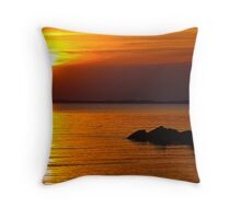 Sunset over the James River Throw Pillow