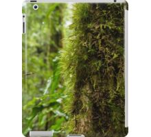 Rainforest dew-drops iPad Case/Skin