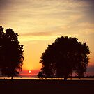 sunset at columbia river by subtitulo