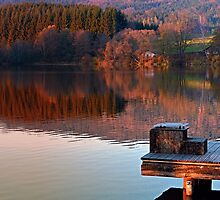 Romantic evening at the lake | waterscape photography by Patrick Jobst