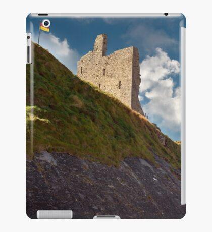 ballybunion castle on the cliff face iPad Case/Skin