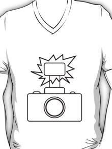 Camera SLR Flash_outline T-Shirt
