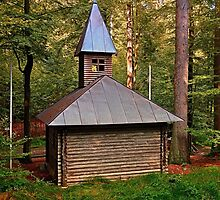The old chapel in the forest | architectural photography by Patrick Jobst