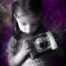 Little Photographer by dimarie