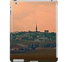 Hazy scenery with beautiful village skyline | landscape photography iPad Case/Skin
