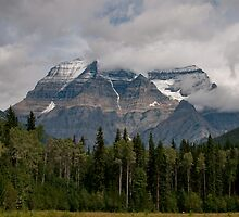 Mount Robson & Clouds by Peter Andersen