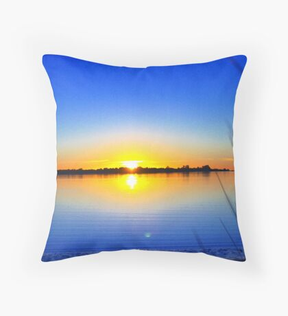 kind of a dreamin' Throw Pillow