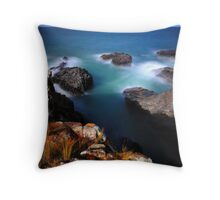 Time smooths all wounds Throw Pillow
