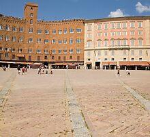siena, Tuscany, Italy by Ian Middleton