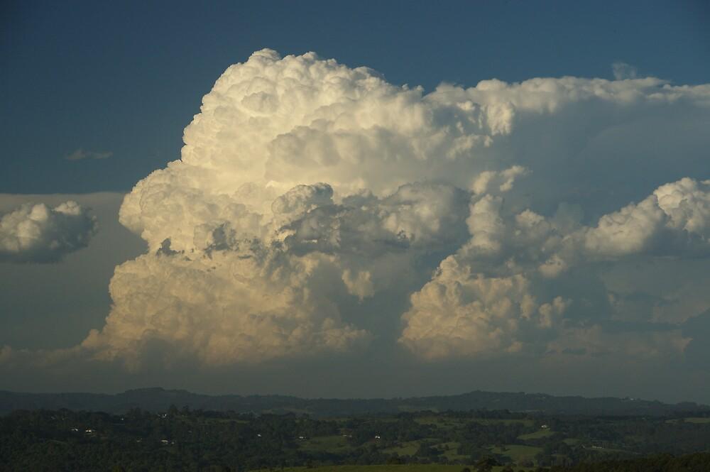 Supercell Thunderstorm near Byron Bay by Michael Bath