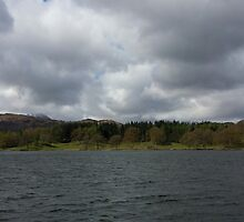 Windermere Lake by loubylou2209