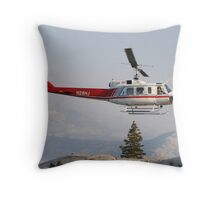 takeoff! Throw Pillow