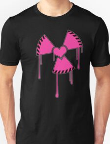 Isotopic love - Nuclear heart symbol Unisex T-Shirt